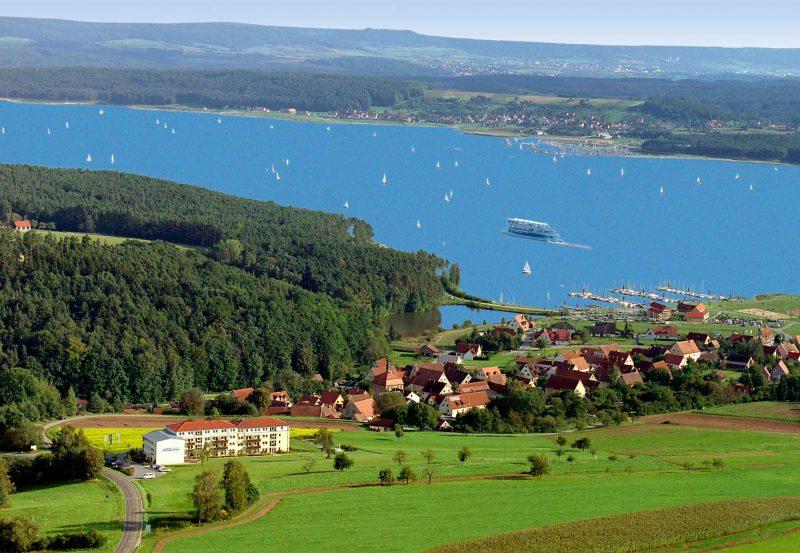 Seehotel zur Hopfenkönigin Luftbild Brombachsee
