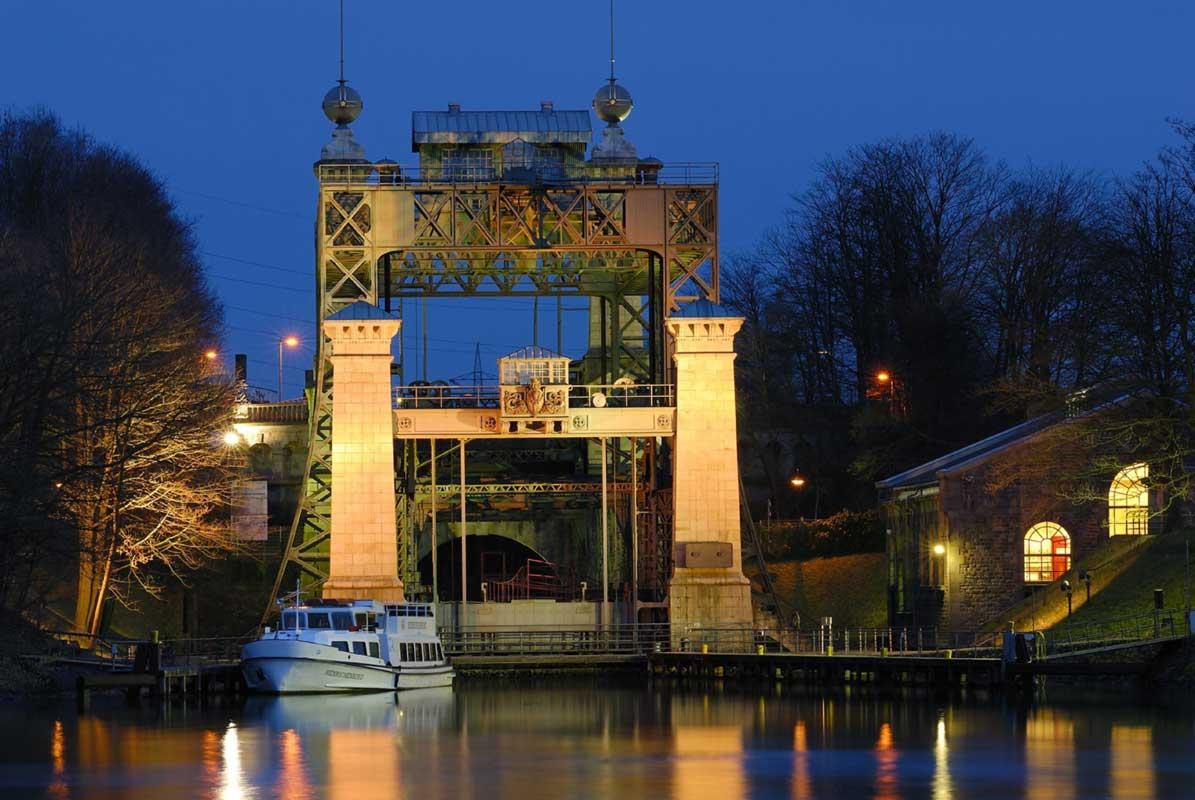 Schiffshebewerk Henrichenburg am Abend - LWL-Industriemuseum