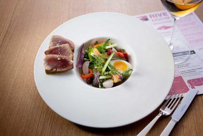 Nizza Salat in der Rive Gauche Brasserie in Baden-Baden
