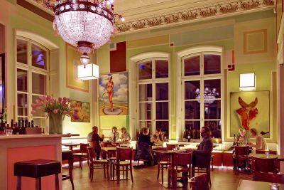 Restaurant interieur no. 253 im Arp Museum