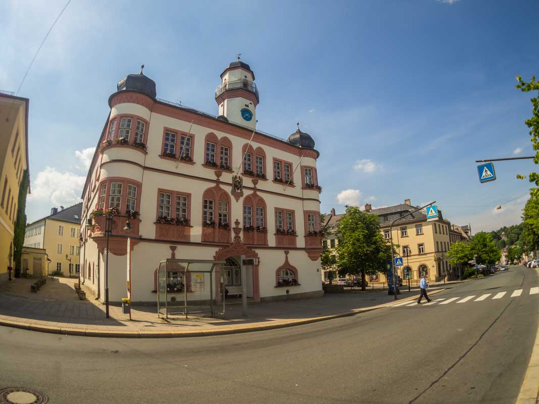 Rathaus in Hof - Saaleradweg
