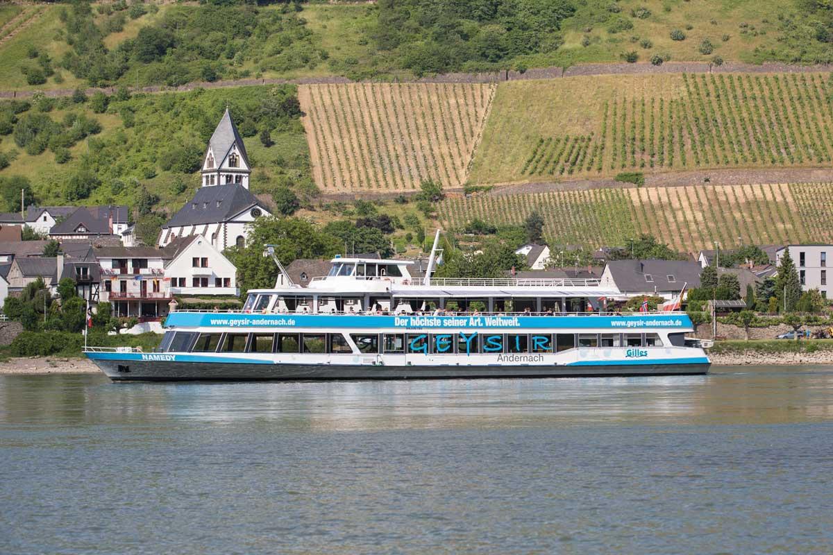 Schiff zum Geysir