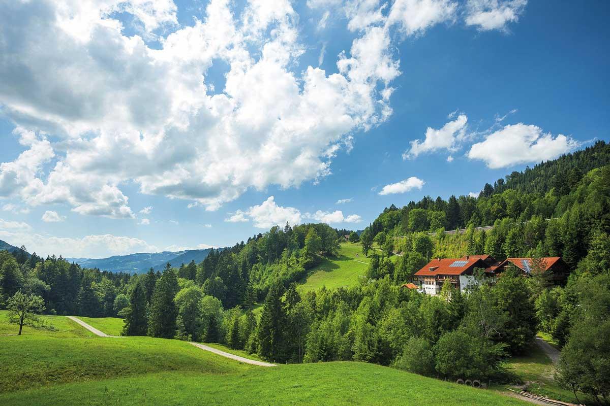 Das Bad Rain in Oberstaufen - Wohlfühloase inmitten der Natur