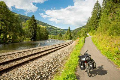 Radfahren auf dem Murradweg