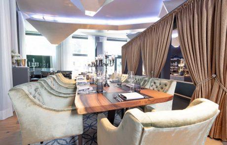 Großer Tisch im Richters Fine Dining Stuttgart