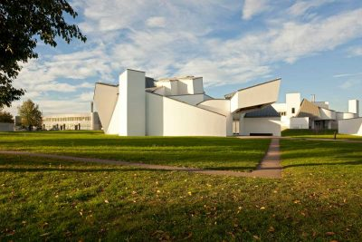 Vitra Design Museum, Frank Gehry, 1989