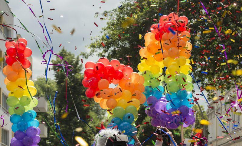 Luftballons beim CSD in Berlin