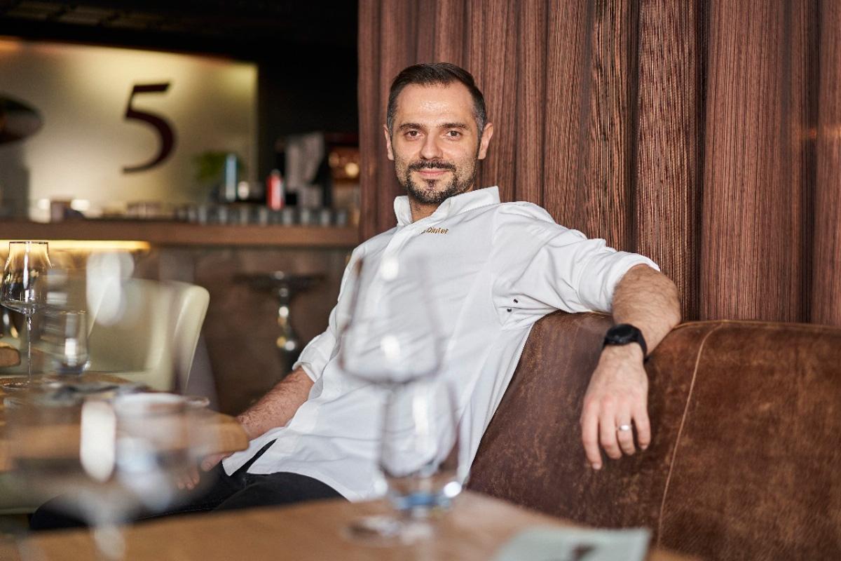 Alexander Dinter, Porträt, Restaurant 5