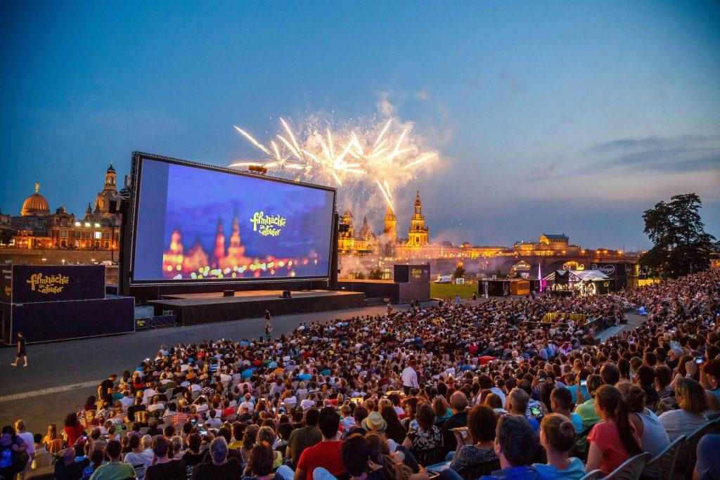 Sterne, Mond und ganz großes Kino: Open-Air-Kinos