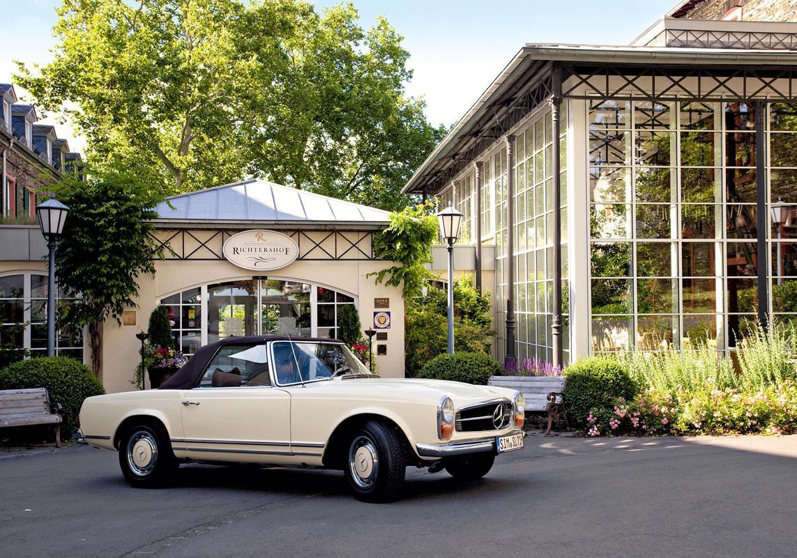 Außenansicht Weinromantikhotel Richtershof - Die schönsten Weinhotels in Deutschland