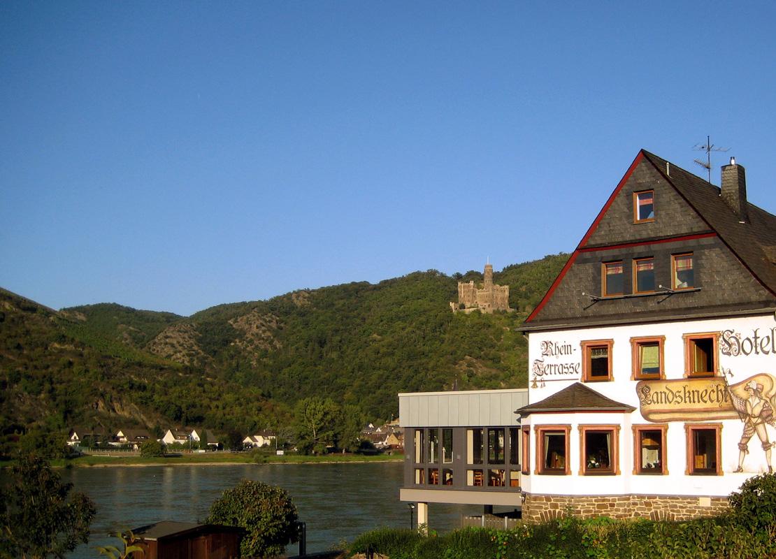Außenansicht Weinhotel Landsknecht
