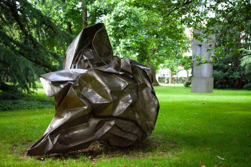 Skulptur Wang Du
