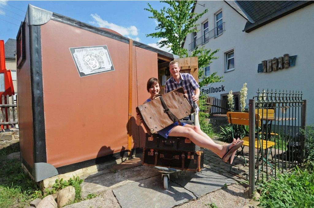 Übernachten im Kofftel - Deutschlands kleinstes Hotel