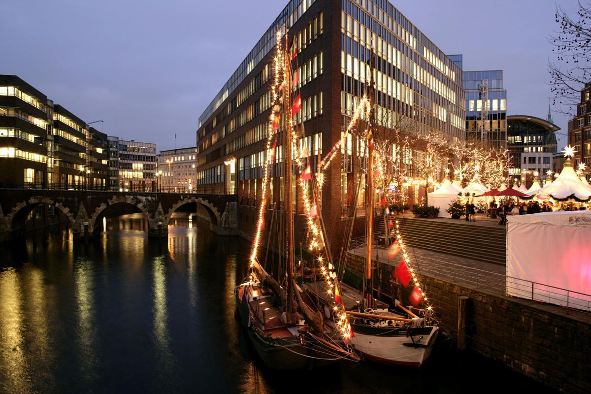 Fleetweihnachtsmarkt Hamburg - kuschelige Weihnachtsmärkte