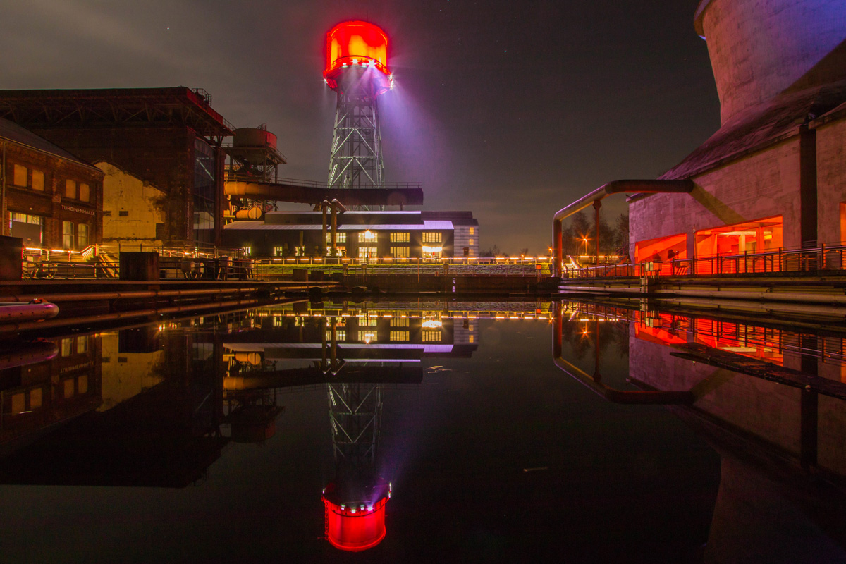 Jahrhunderthalle Bochum bei Nacht
