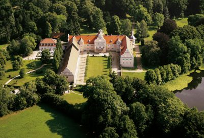 Außenansicht Hotel Jagdschloss Kranichstein