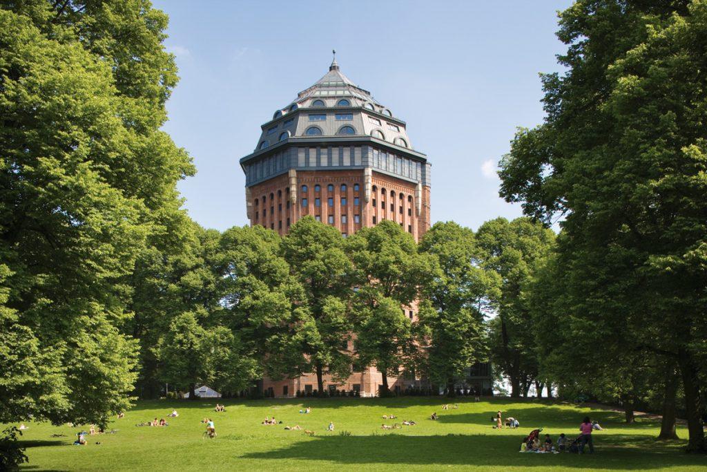Das Mövenpick Hotel Hamburg: Schlafen im Wasserturm