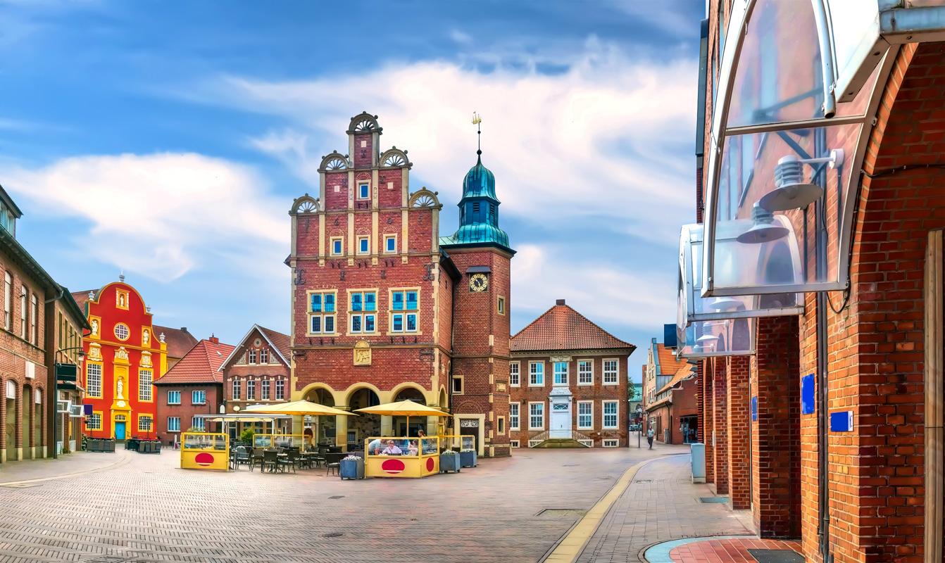 Historisches Rathaus in Meppen - Geest-Radweg