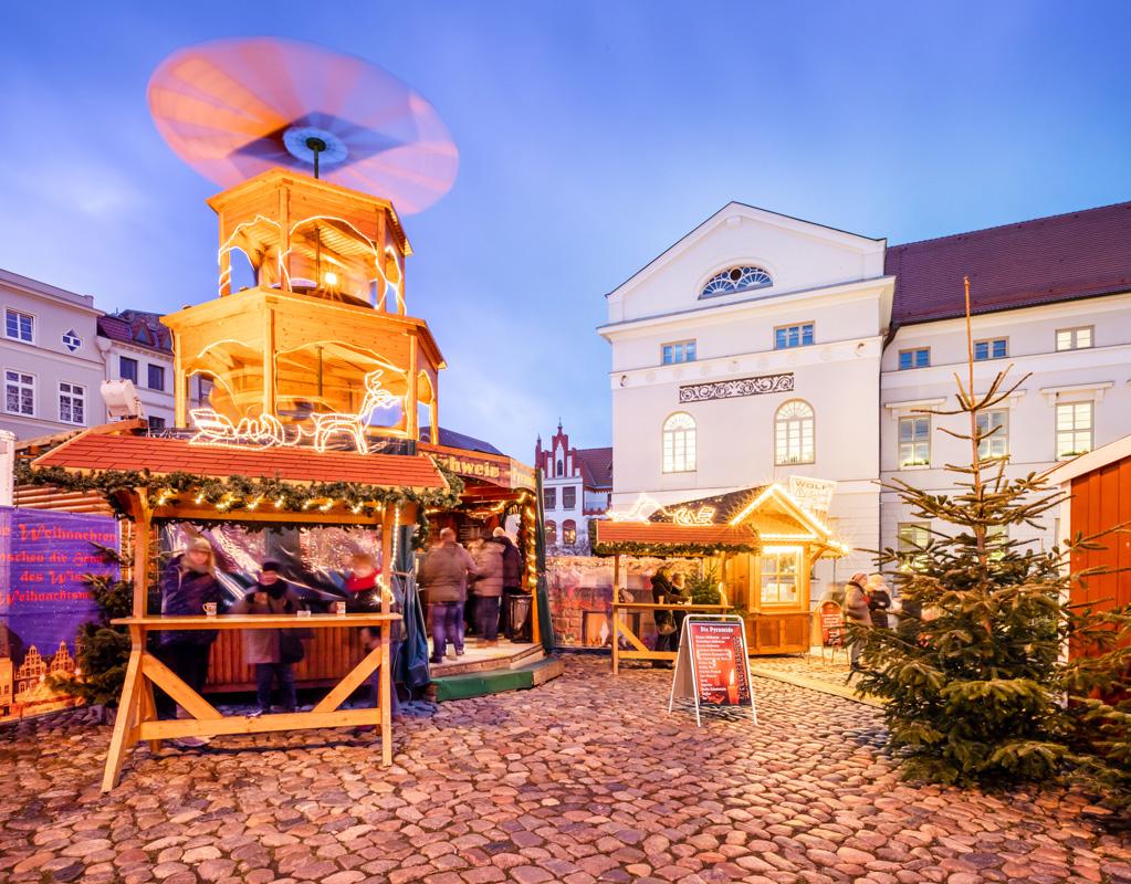Wismarer Weihnachtsmarkt Pyramide