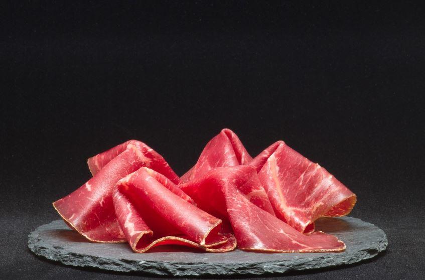 Foodbild Bündnerfleisch angerichtet
