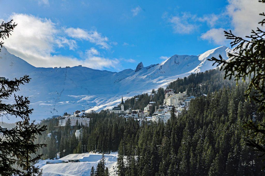 Blick auf Arosa - Loipen in der Schweiz