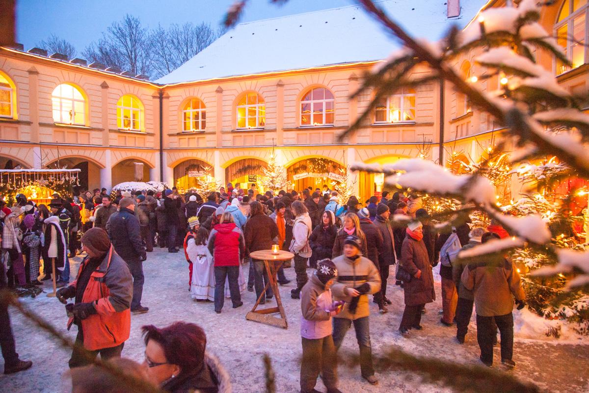Weihnachtsmarkt auf Schloss Guteneck