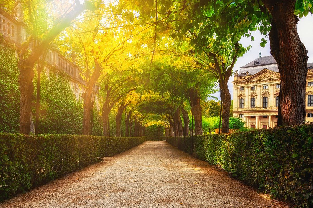 Würzburger Residenz, Laubengänge im Hofgarten