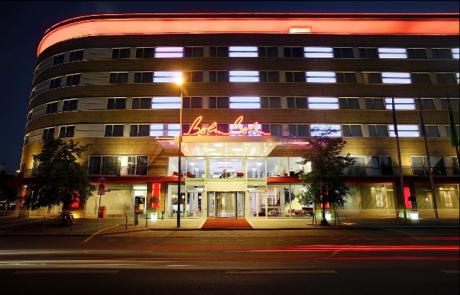 Außenansicht bei Nacht - Hotel Berlin,Berlin in Berlin