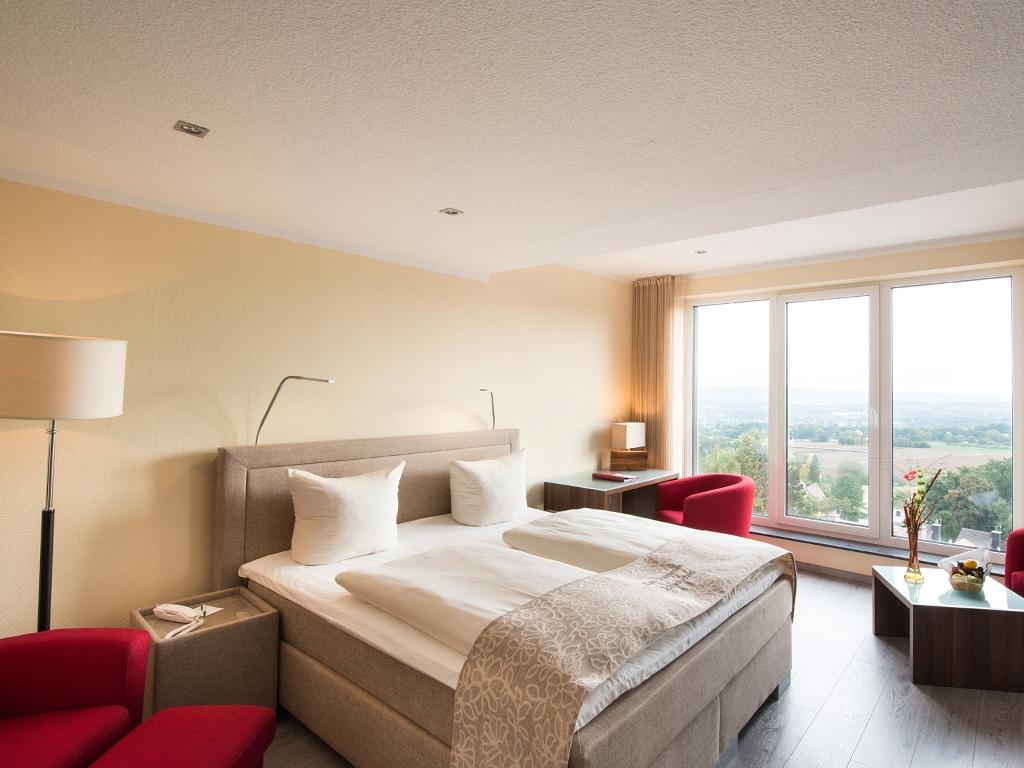 Doppelzimmer mit Aussicht im Hotel Steinernes Schweinchen in Kassel