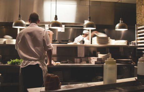 Küchenteam bei der Arbeit