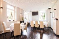 Eingedeckte Tische im Restaurant El Erni in Kassel