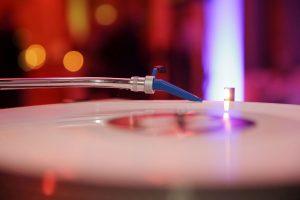 Disko im Auto DJ