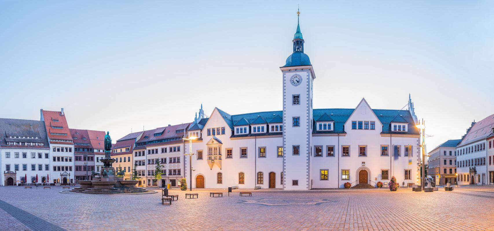 Rathaus Freiberg - Mulderadweg
