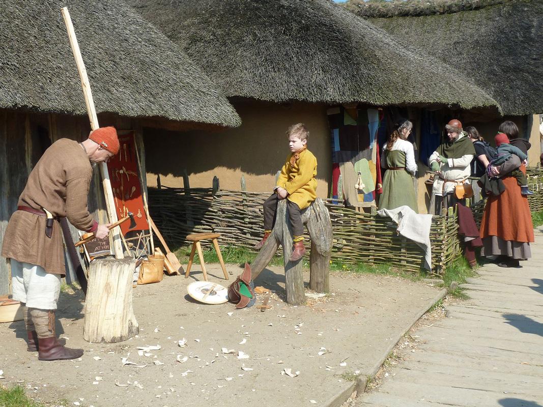 Leben im Mittelalter, Wikinger Häuser Haithabu