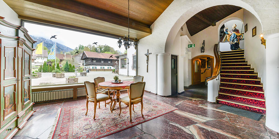 Altbayerisch - Original - Geschichtsträchtig | Hotel Schmied von Kochel
