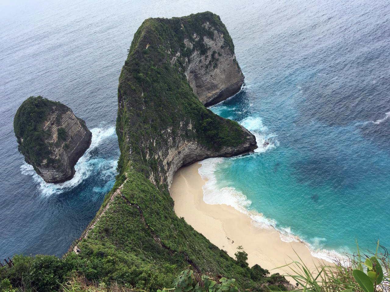 Kelingking Beach on Nusa Penida Island, Bali,