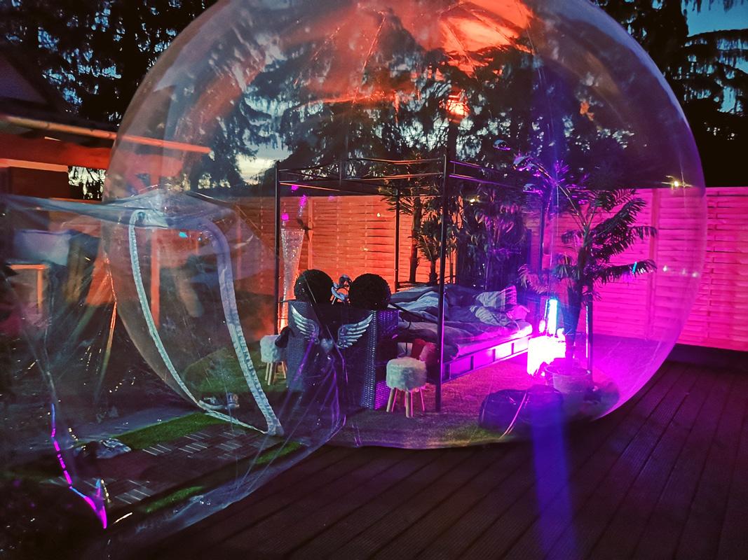 Außenansicht Bubble-Hotel