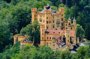 Schloss Hohenschwangau im Ostallgäu, Bayern