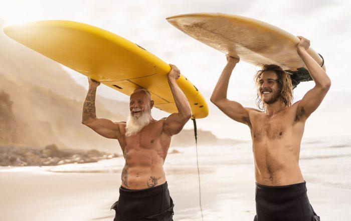 Surfen alt und jung