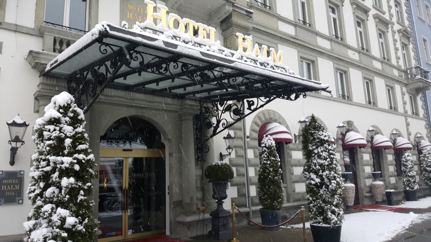 Außenansicht Winter Hotel Halm Konstanz