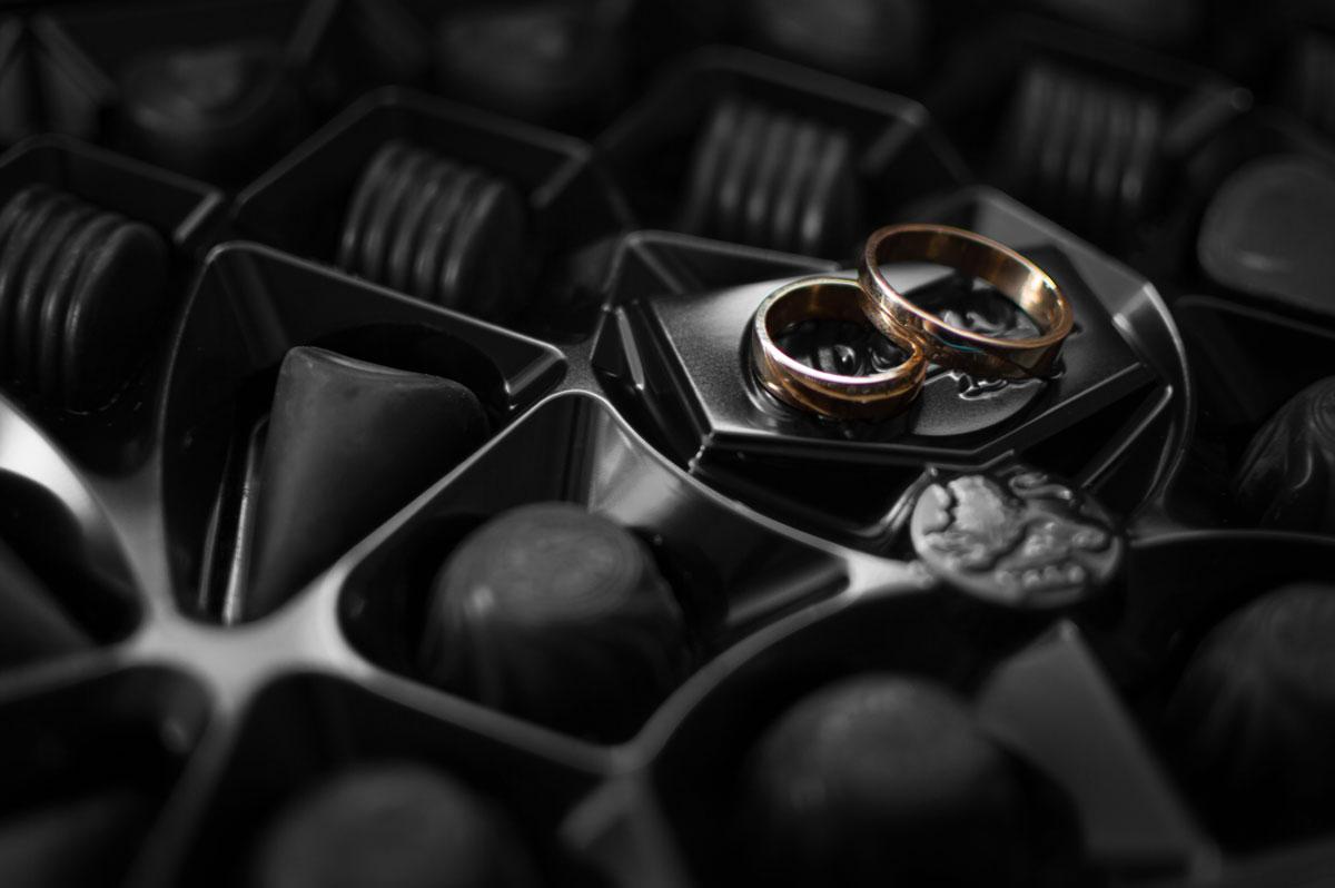 Pralinen und Ringe