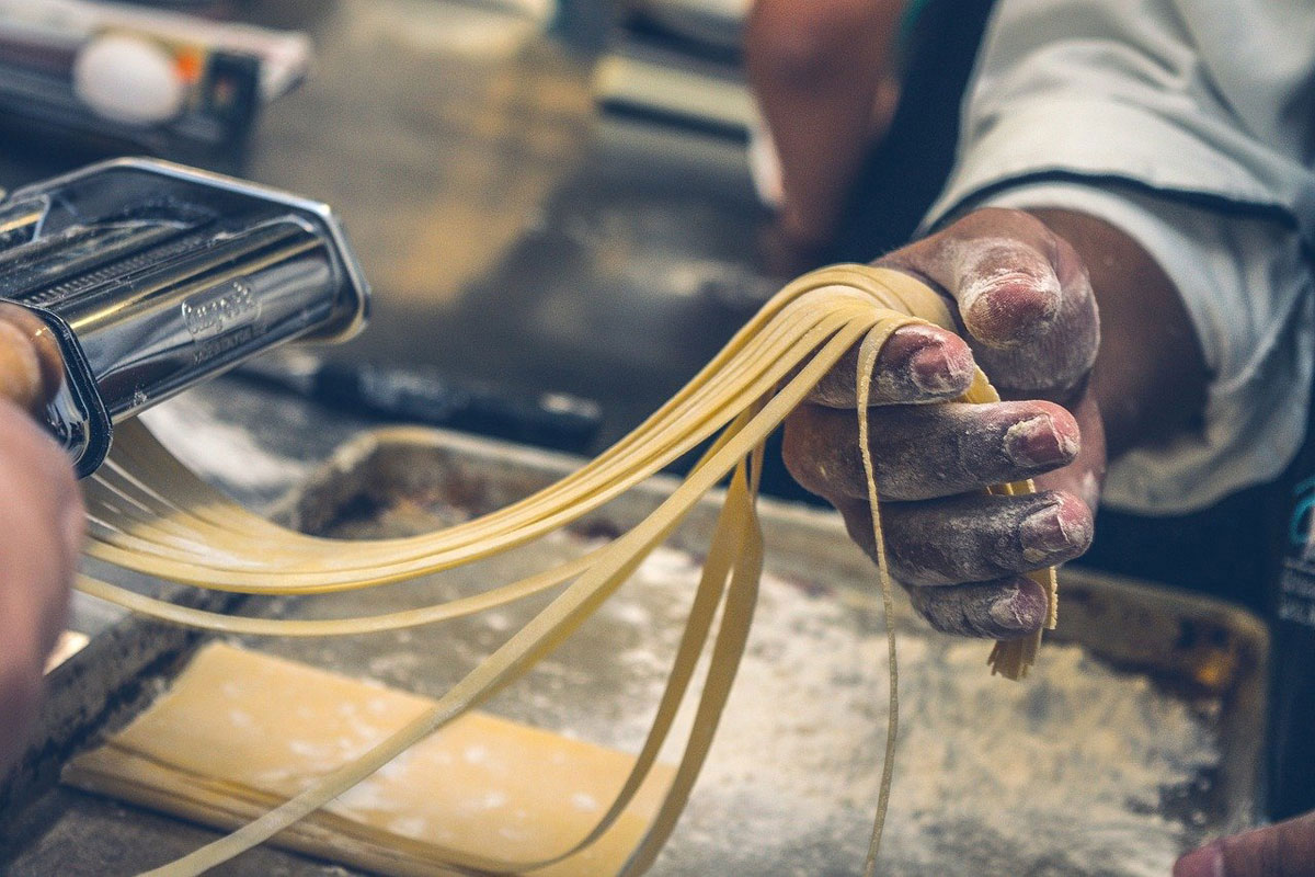 Spaghetti selbst hergestellt