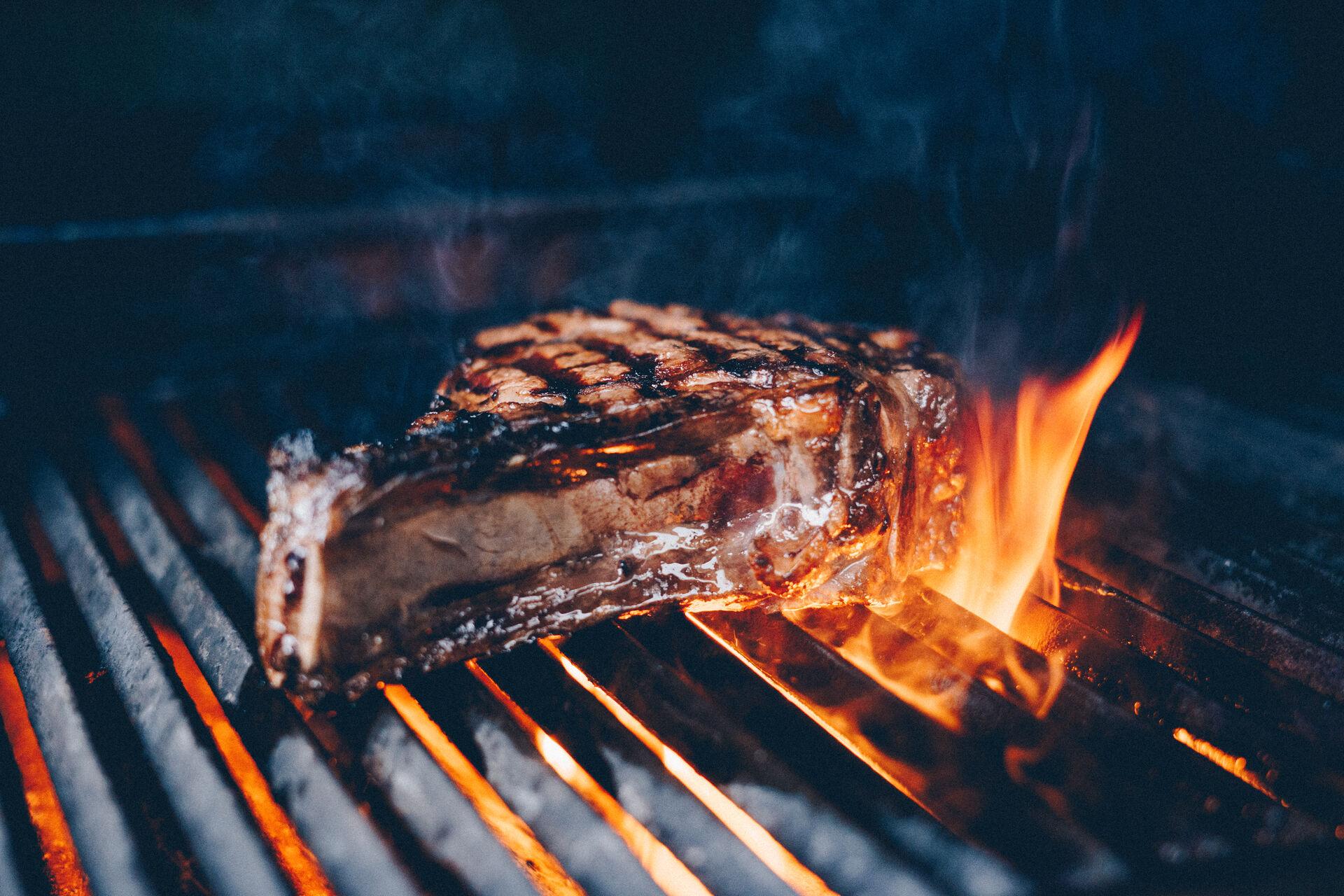 Gourmetfleisch auf dem Grill