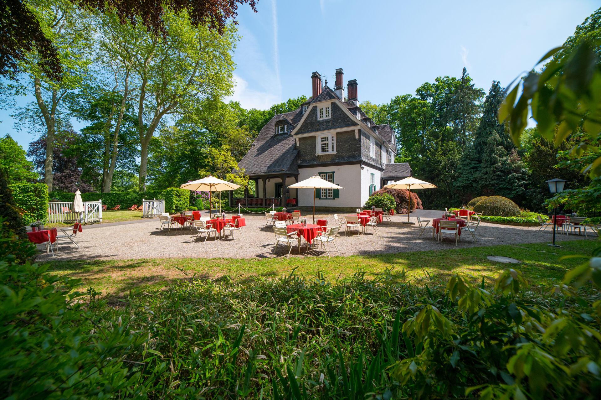 Pop-Up-Biergarten im Schlosshotel Kronberg