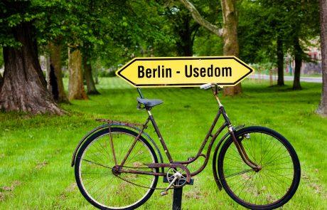 Schild für den Radweg Berlin - Usedom