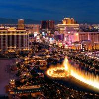 Blick auf Las Vegas Strip bei Nacht