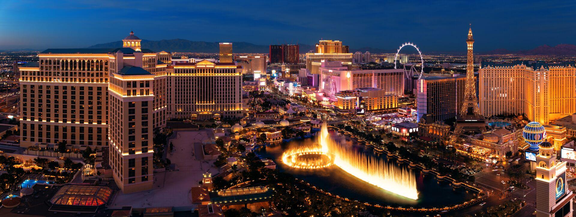 Blick auf Las Vegas Strip bei Nacht - Casino-Hotels