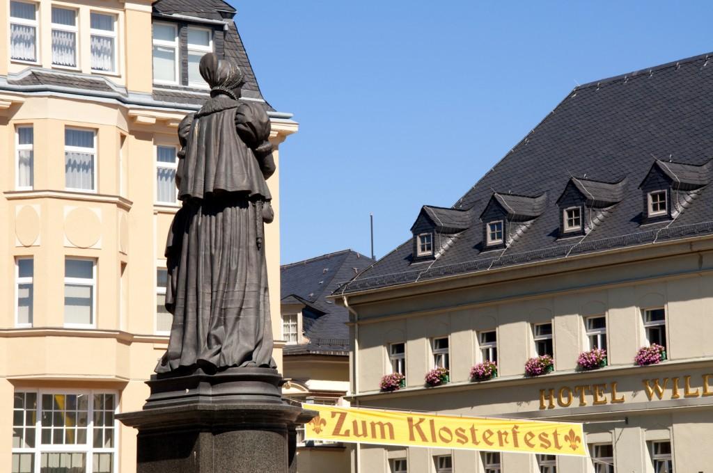 Denkmal Barbara Uttmann in Annaberg-Buchholz (Markus-Röhling-Stolln)