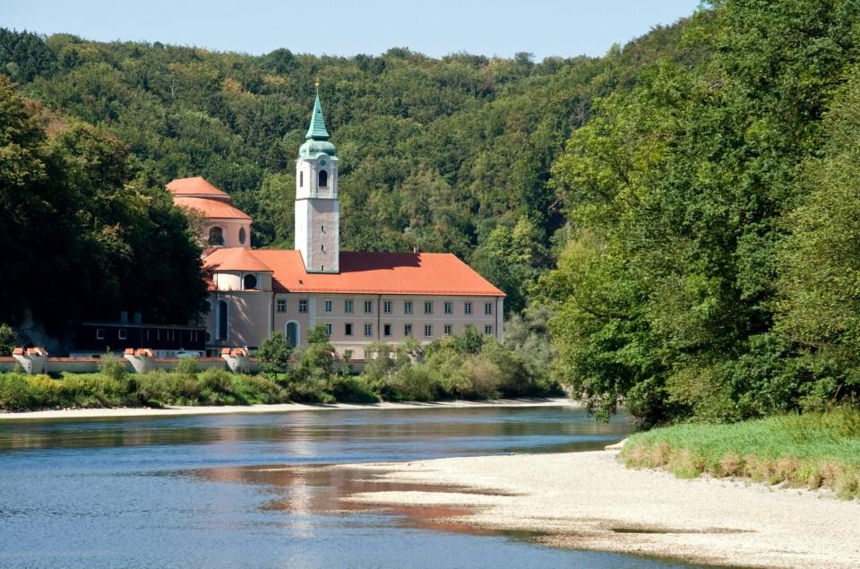 Das Kloster Weltenburg hat die älteste Klosterbrauerei, Altmühltal