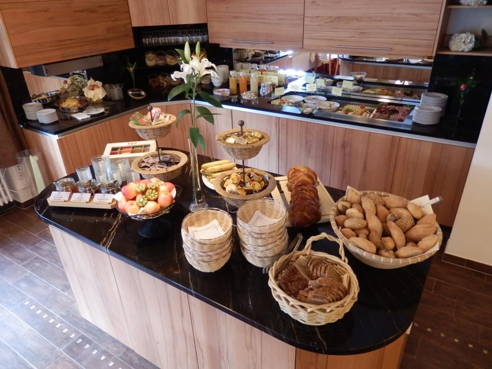 Frühstück im Gasthof Löwen